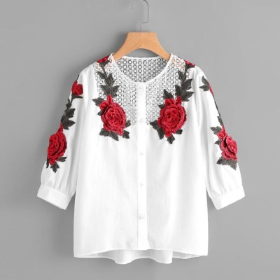 Blusa Branca com Rendas...