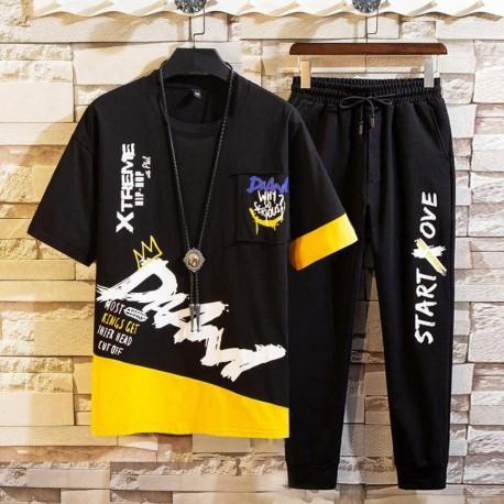 Conjunto de Duas Peças Masculina com Camiseta Streetwear Estampada com Calça Jogger Fashion